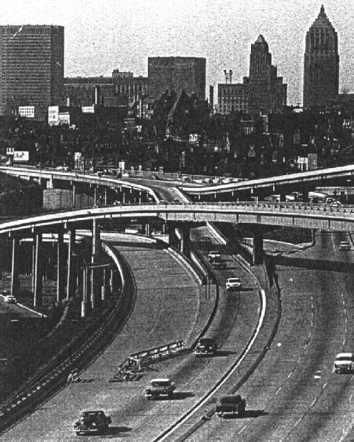 Temporary end of the Penn-Lincoln Parkway at the Boulevard of the Allies in 1959