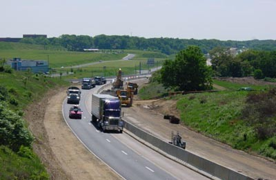 Traffic and construction at I-83