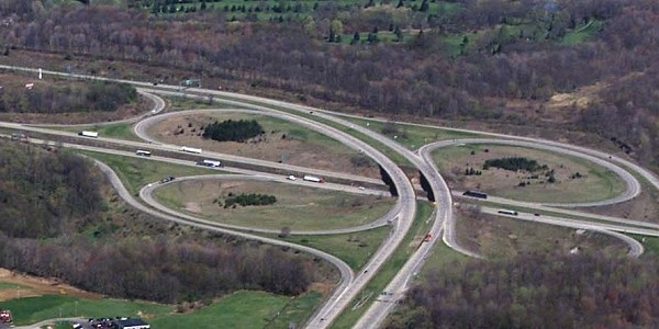 "Aerial picture of the ""folded"" cloverleaf at Interstate 80"