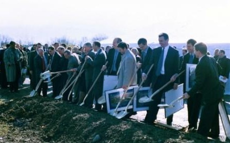 Groundbreaking ceremony at the future PA 60/Pittsburgh International Airport interchange