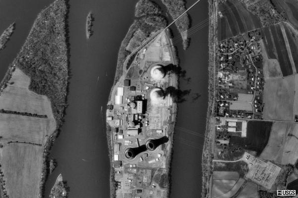 Aerial picture of Three Mile Island
