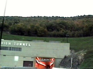 Approaching the tunnel from the south